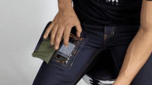 smartphone_jeans