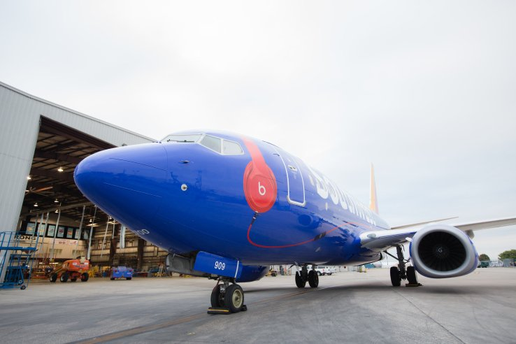 Southwest Airlines introduces Beats Music on WiFi-enabled aircra